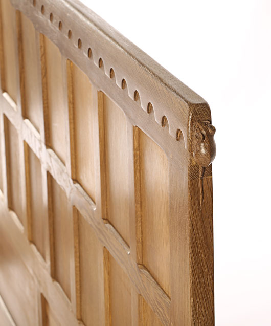 BE009 Solid Oak Panelled Bedstead 6