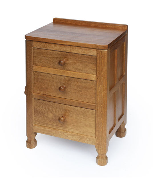 Solid oak bedside drawers be161 shop for Small bedside chest of drawers