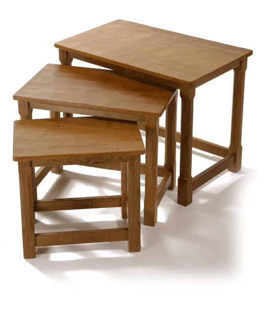 CT010 Solid Oak Nest of Three Tables 2'0