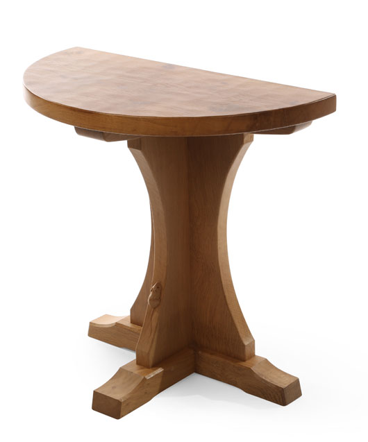 Round Foyer Table Uk : Mouseman memes